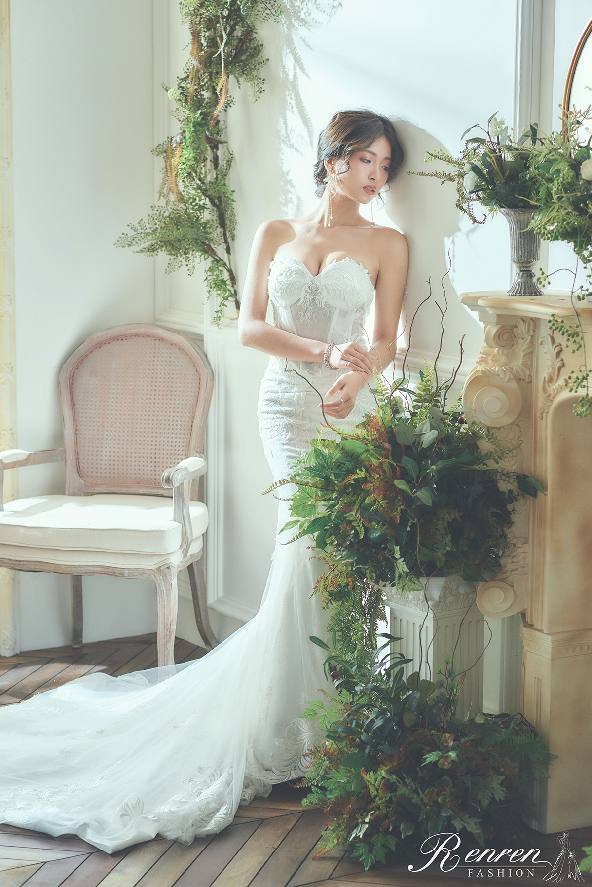 台中婚紗拍攝推薦-冉冉-白紗-魚尾-婚紗工作室