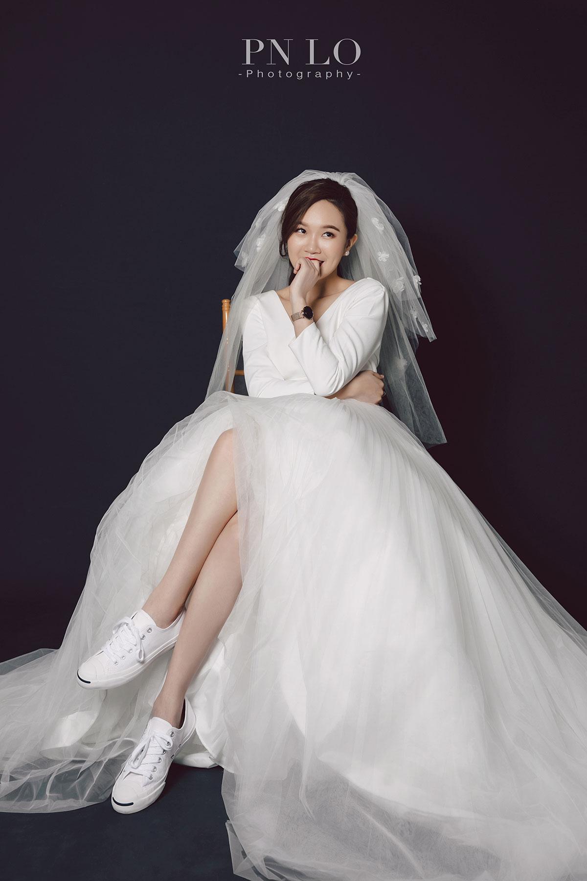 冉冉婚紗 - 裴妮 台中拍婚紗 素色背景-白紗頭紗