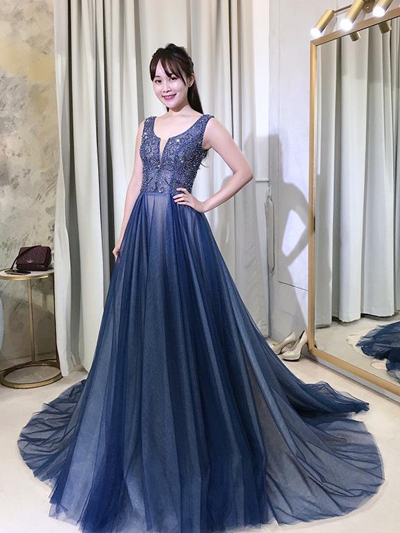 婚紗推薦-台中-冉冉-歐美婚紗-RenRen-灰藍禮服