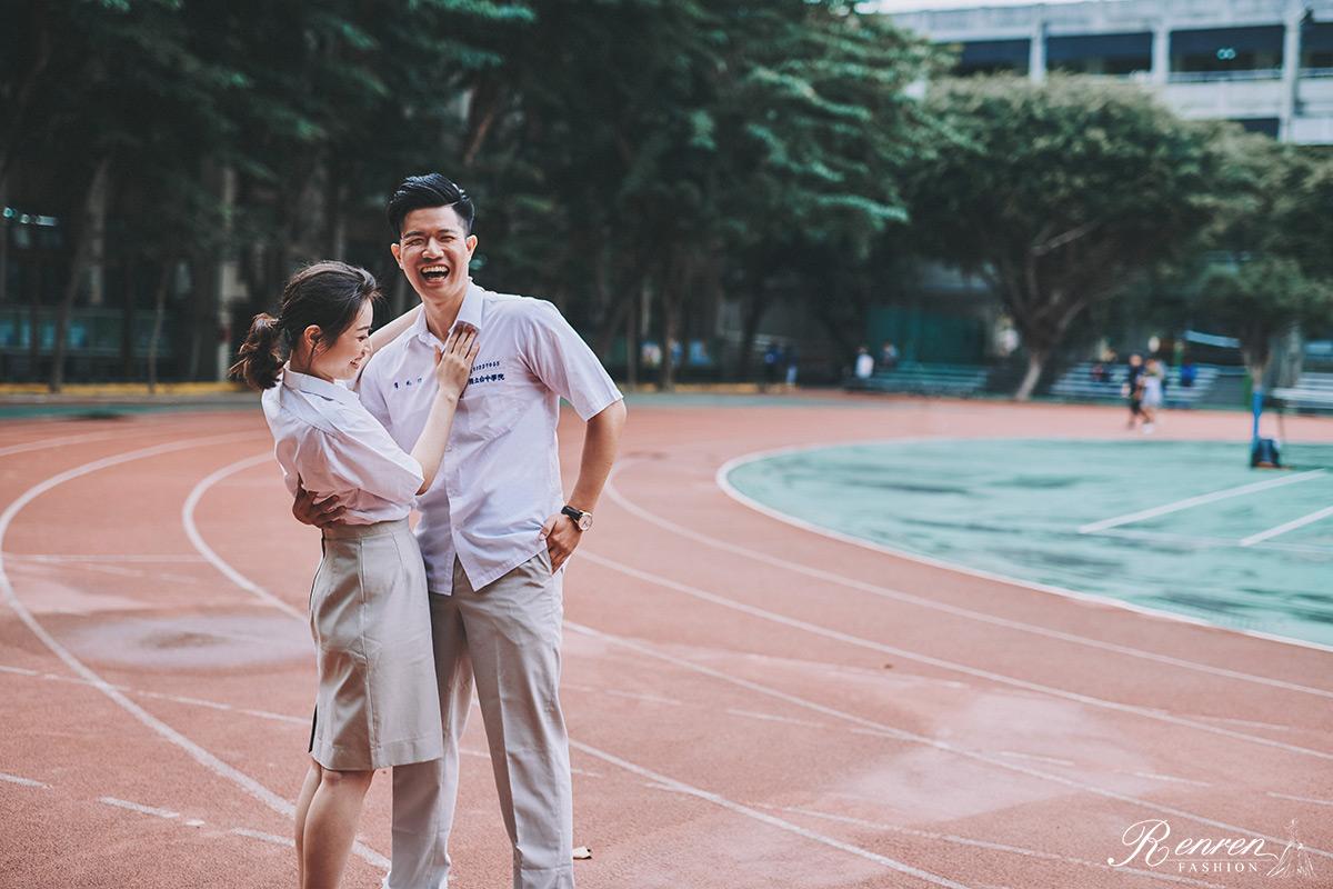 台中科大-制服拍婚紗-校園-婚紗-跑道